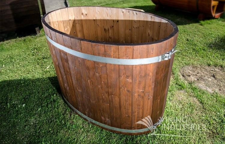 Oval Cold tub from spruce